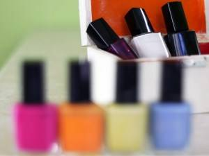 nail-polish-1430026-1-m